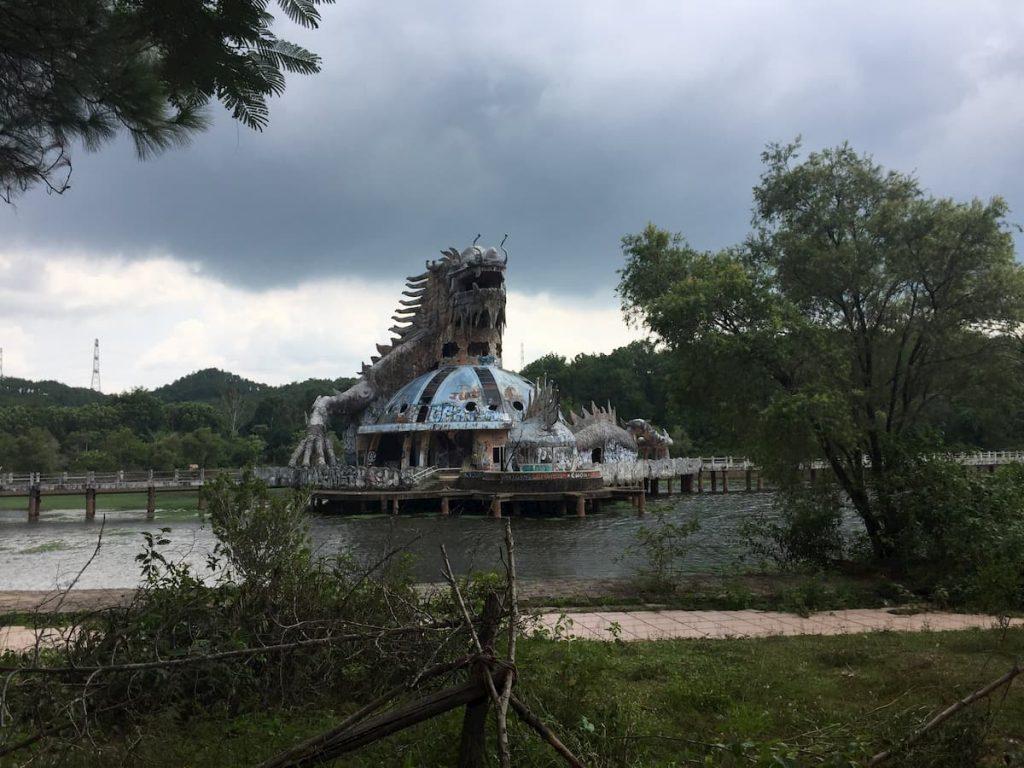 Hue-Abandonned PARK Dragon Vietnam