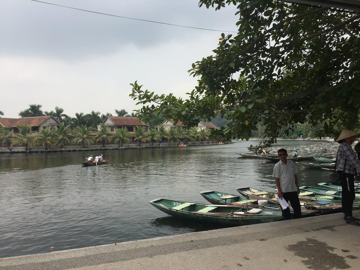 Quai balade en barque tam coc Vietnam