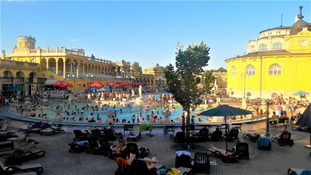 Thermes budapest hongrie