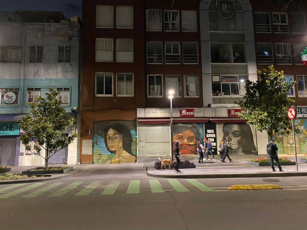 Tags, graffitis dans Mexico City